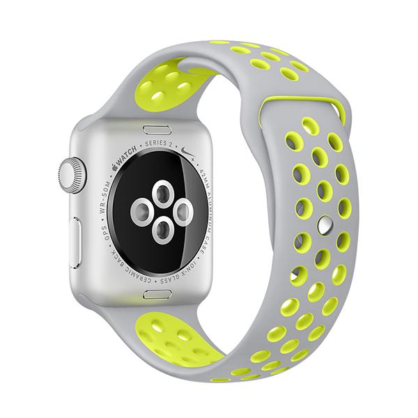 Ремешок спортивный Dot Style для Apple Watch 38mm Серо-ЖелтыйРемешки<br>Новая серия спортивных ремешков из гипоаллергенного силикона для Apple Watch         Перфорация не только добавляет стиля, но и позволяет большей площади кожи запястья дышать, что бывает особенно важно при значительном потоотделении во время занятий спортом                 Длина ремешка подойдет для запястья обхватом от 130 до 200 миллиметров<br>