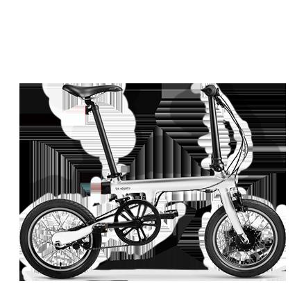 Складной электровелосипед Xiaomi Mi Qicycle БелыйЭлектровелосипеды<br>Встречайте инновационный складной электровелосипед от Китайской Apple. Все выполнено на высшем уровне, но обо всем по порядку:          Корпус велосипеда выполнен из легкосплавного алюминия, благодаря чему конечный вес составляет всего 14.5 килограмм, и имеет уникальную конструкцию, позволяющую сложить его до компактных размеров для перевозки в багажнике авто например             Несмотря на электронную начинку, велосипед защищен от воды по стандарту IPX7. Передачи и механизмы разработаны компанией Shimano (у рыболовов срывает фрикцион при упоминании одного названия этой компании)                  Но главной изюминкой все-же является электродвигатель мощностью 250 Ватт (36 Вольт), способный разогнать ездока до 20 км/час, а емкий аккумулятор от Panasonic, аналогичный тому что используют Telsa в своих электрокарах, способен провезти до 45 километров на одном заряде                   Также у велосипеда есть датчик педальной тяги ТТМ, разработанный компанией IDbike B.V. Он является помощником при езде по пресеченной местности и в других подобных ситуациях. Когда датчик понимает, что пользователю сложно крутить педали, он подключает электромотор и скорость движения значительно увеличивается                       На руле велосипеда расположился бортовой компьютер с дисплеем. Он следит за скоростью, пройденной дистанцией, запасом заряда, способен проводить диагностику неисправностей                 Кроме этого, велосипед получил инновационные ободные барабанные тормоза, аналогичные тем, что используют автопроизводители. Они смогут остановить вас как в любой экстремальной ситуации, так и повседневной спокойной жизни                 Благодаря бесплатному приложению в Appstore и Google Market, вы сможете синхронизировать данные с смартфоном по bluetooth (он тоже присутствует)               Кроме того вы сможете подзарядить смартфон на ходу от аккумулятора велосипеда, благодаря специальному выходу на руле. П